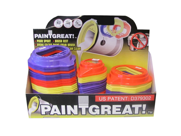 Paint can pour spout