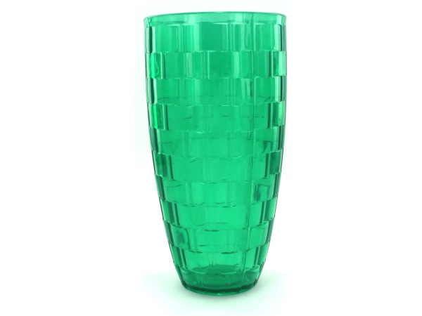 Plastic tumbler with weave pattern