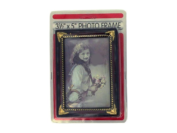 3. 5x5 photo frame, cherry plastic color.